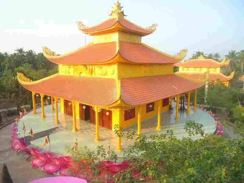 Mặt tiền chùa Hội Tôn
